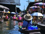 Read Photo of the Week: The Floating Market, Bangkok, Thailand