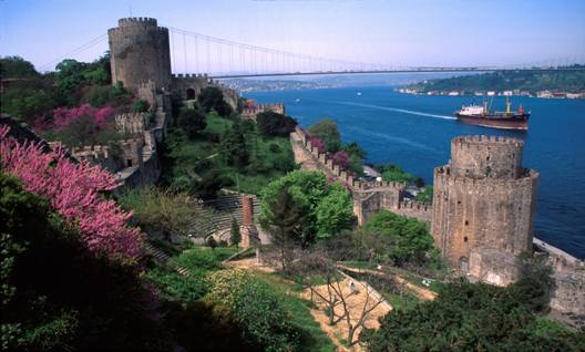 istanbul bosphorus Things to Do in Istanbul, Turkey: A City Beyond Compare