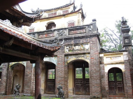 Giong's House Pagoda, outside Hanoi, Vietnam, honours Saint Giong