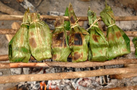 A popular local dish is maito de tilapia, which is tilapia (a freshwater fish) wrapped in a banana leaf and cooked over an open fire