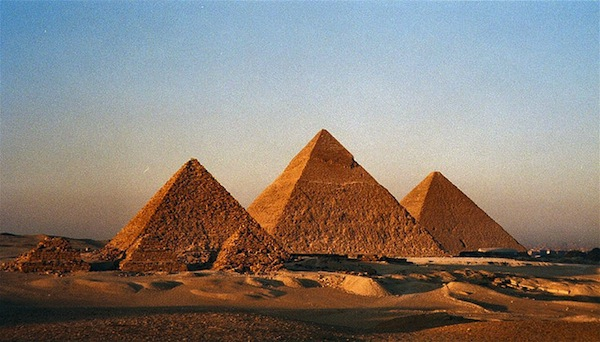 6 UNESCO World Heritage all-star - Giza Pyramids, Egypt