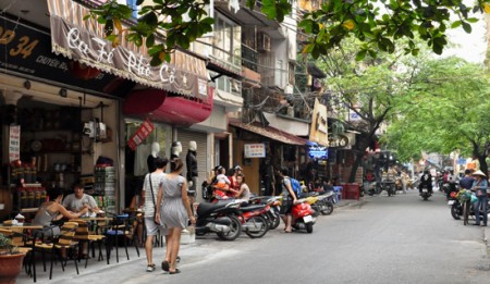 Hanoi Cafe 450x261 The Ancient Capital of Hanoi, Vietnam, Joins whl.travel