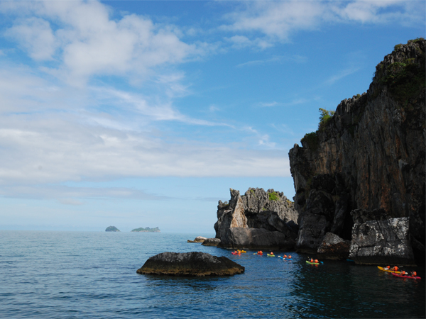 Photo of the Week (25 March 2012) - Kayaking Ang Thong National Marine Park, Koh Samui, Thailand
