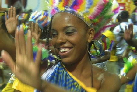 brazil-salvador-carnaval-dancer