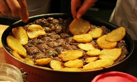 Siniyet Kafta, a dish made with minced meat and spices