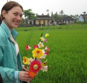 Read Join a Paper Flower Tradition in Thanh Thien, Vietnam