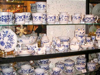 The origins of the famous blue onion pattern on some of the porcelain made in the Czech Republic actually stem from the mistaken interpretation of a pomegranate motif from East Asian styles, which were then adapted to suit European tastes.