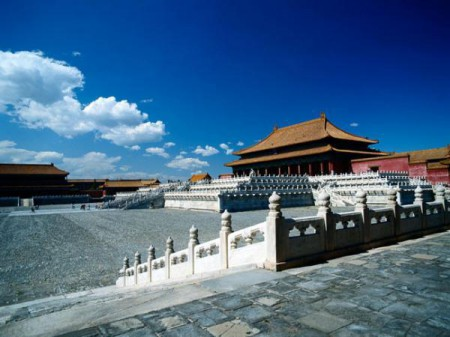 Situated in the center of Beijing, the Palace Museum is also known as the Forbidden City and is China's largest museum