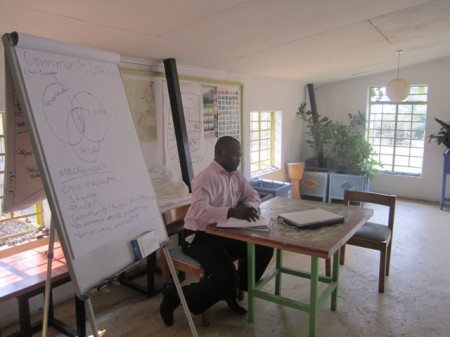 Andrew Kayuni presents at the Ecotourism Training Day in Malawi