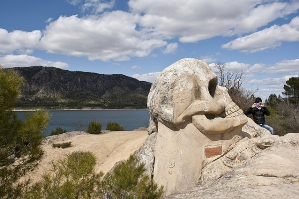 The Skull sculpture on the Route of the Faces