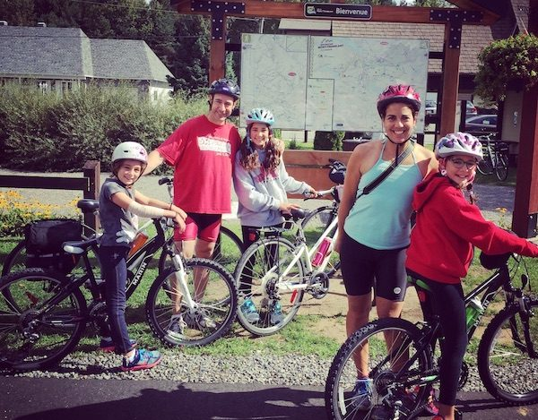 Family travel by bicycle in France